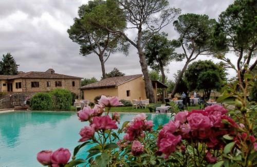"""Arezzo: """"Casa Ottavia"""", una magnifica villa immersa nel verde"""