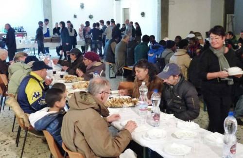 Arezzo: oltre 100 persone al pranzo di Natale